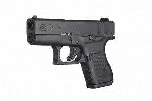 outdoorhub-first-hand-look-glock-43-single-stack-9mm-2015-04-10_02-50-45-880x585